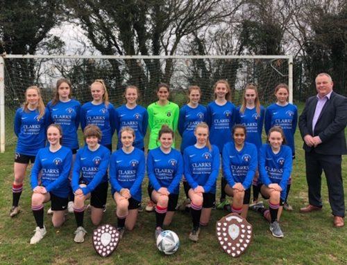 Chesham Grammar Girls scoop top football trophies.